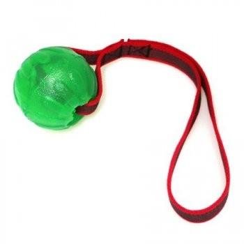 Treat Dispensing Chew Ball mit gummierten Nylon Band